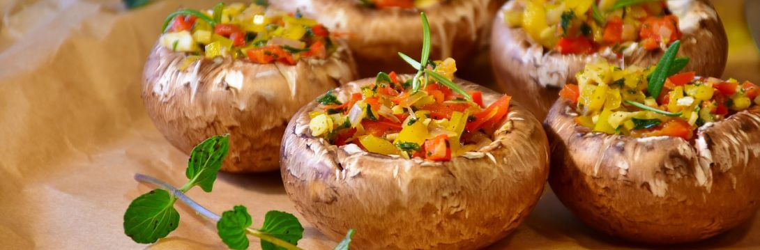 pieczarki nadziewane warzywami